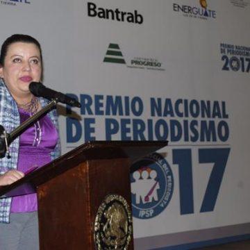 """Lucida premiación del """"IV Premio Nacional de Periodismo"""""""